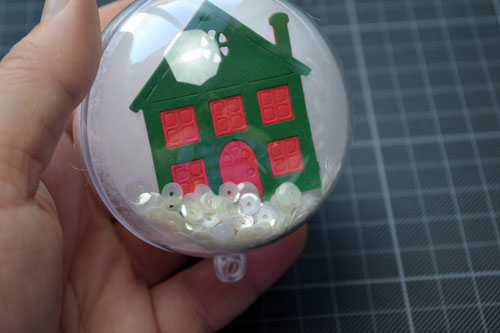 DIY Snowglobe Christmas Craft from TechniqueTuesday.com